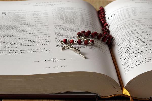 poczytne książki katolickie